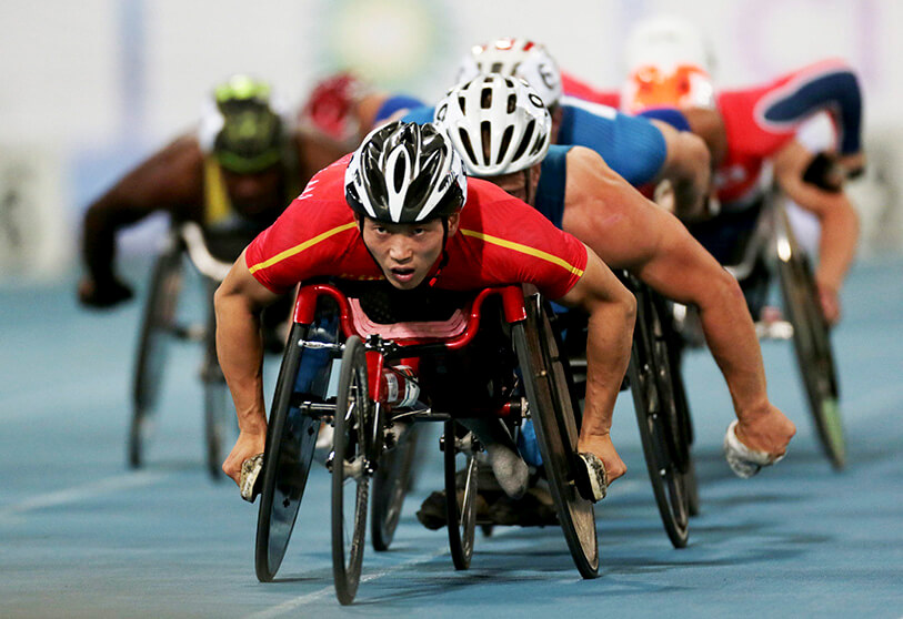 2019 World Para Athletics Championships. Qing Yan de China en acción durante los 800m T54 Round