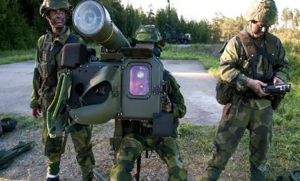 The three associated companies aim to initiate the cohesion of the group of Spanish companies involved in different missile systems production programmes. In the picture, the RBS-70 short-range anti-aircraft system of the Swedish Saab Bofors Dynamics.