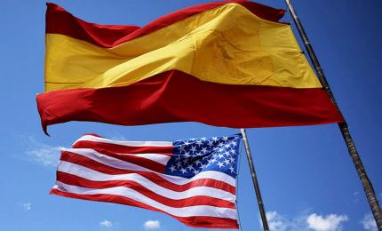 Flags of the United States and Spain