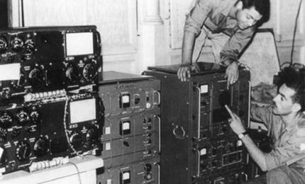 "The ""Voice of Free and Combatant Algeria"" is a radio station that broadcast clandestinely during the war of national liberation and played an ""important"" role during the war of national liberation"